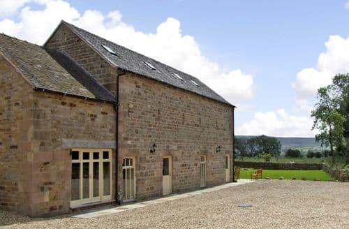 Last Minute Cottages - Wonderful Peak District Barn