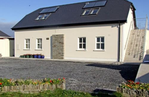 Last Minute Cottages - Gorgeous  House S4869