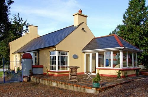Last Minute Cottages - Adorable  Granary S4872