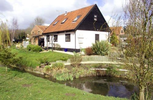 Last Minute Cottages - Beautiful Thetford Hayloft S2085