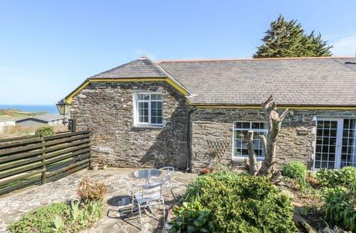 Last Minute Cottages - Tasteful Tintagel Apartment S2151