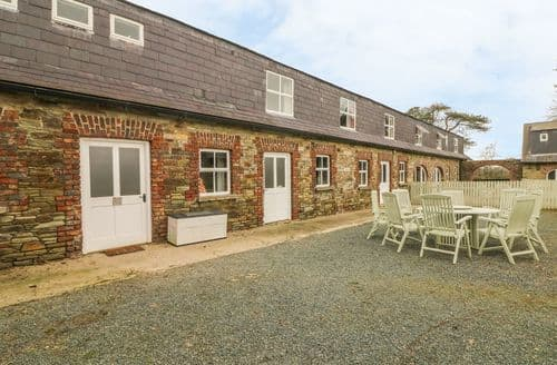 Last Minute Cottages - Stunning  Mor S4931