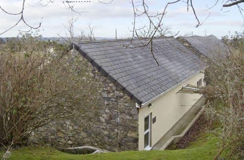 Last Minute Cottages - Damavand Bach