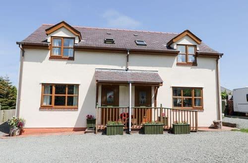 Last Minute Cottages - Superb Tyn Y Gongl Cottage S4984