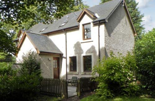 Last Minute Cottages - Groom's Cottage