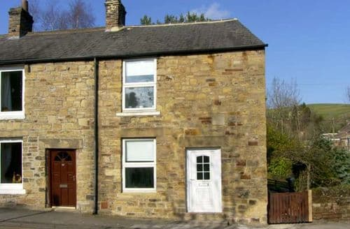 Last Minute Cottages - Hollie Cottage