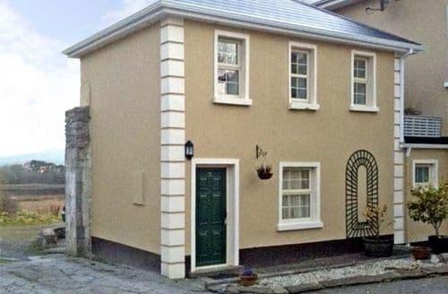 Last Minute Cottages - Attractive  Cottage S5097