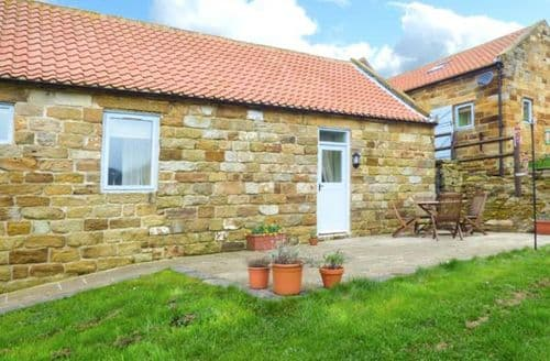 Last Minute Cottages - Adorable Whitby Cottage S4604