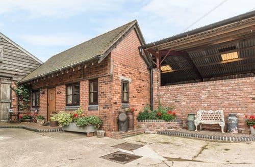 Last Minute Cottages - Tasteful Shrewsbury Dairy S2172