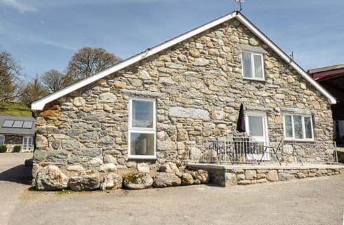 Last Minute Cottages - Superb Llandderfel Cottage S50020