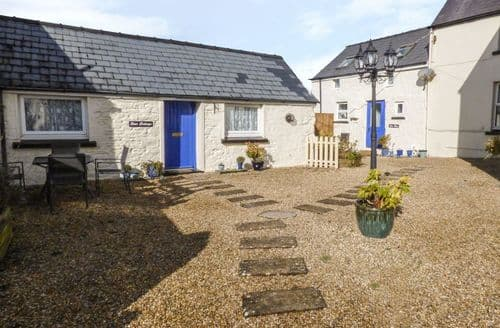 Last Minute Cottages - Splendid Saundersfoot Cottage S6749