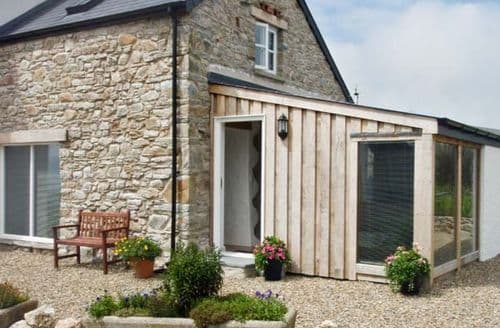 Last Minute Cottages - Y Cwtch