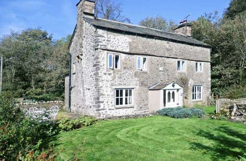 Last Minute Cottages - Cosy Carnforth Cottage S3021
