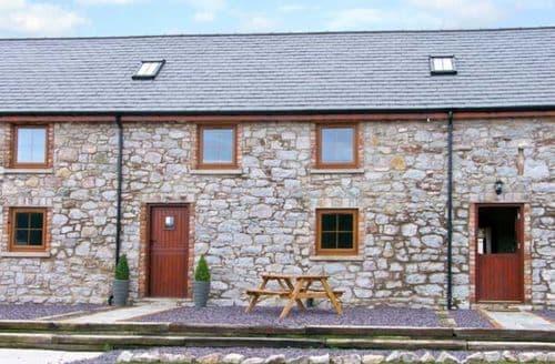 Last Minute Cottages - Beautiful Abergele Bach S5354
