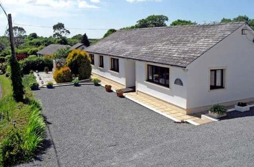 Last Minute Cottages - Gorgeous Narberth Brook S5504
