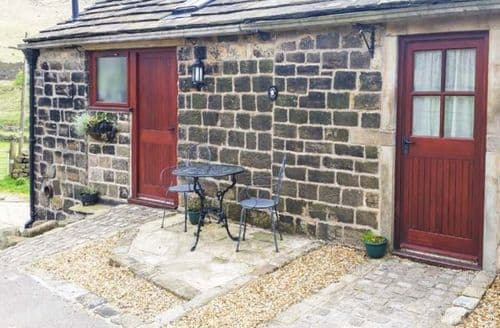 Last Minute Cottages - Jim's Barn