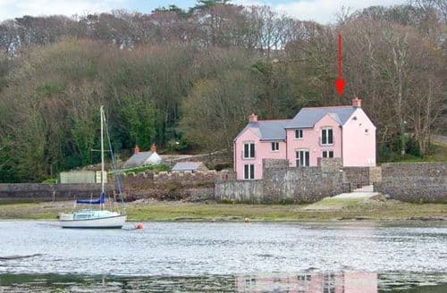 Last Minute Cottages - Adorable Milford Haven Rental S5561
