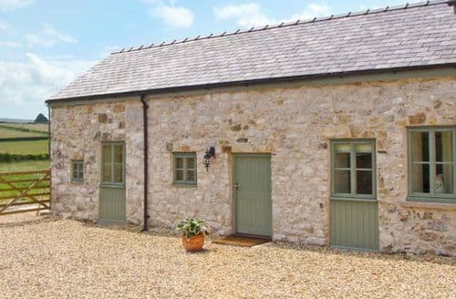 Last Minute Cottages - Quaint Holywell Rental S5421