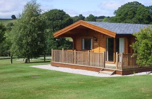 Last Minute Cottages - Superb Exeter Lodge S2485