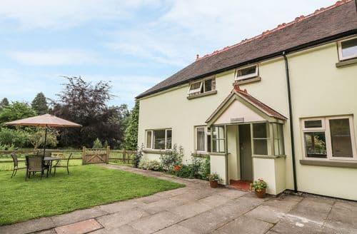 Last Minute Cottages - Lovely  Cottage S5950