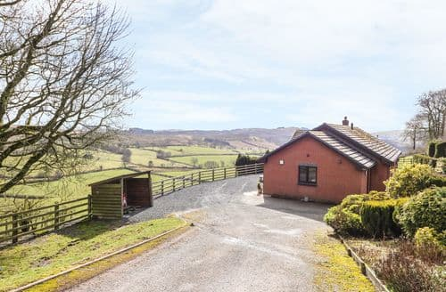 Big Cottages - Charming Llandrindod Wells Cottage S90717