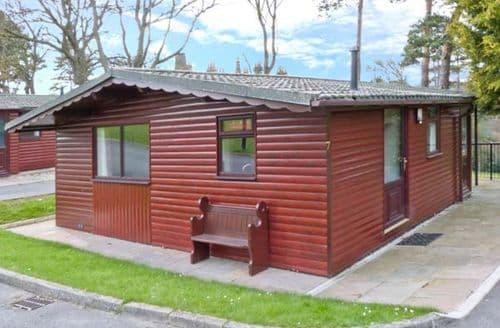 Last Minute Cottages - Violet Lodge