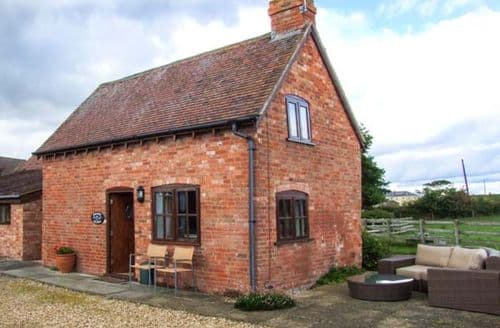 Last Minute Cottages - Exquisite Shipston On Stour Cottage S2676