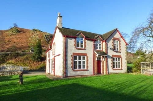 Last Minute Cottages - Quaint Llantysilio Cottage S44681