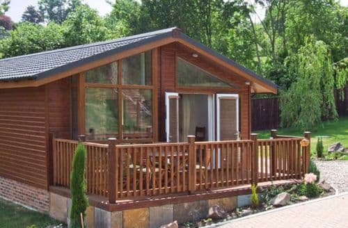 Last Minute Cottages - Excellent Longhope Lodge S2791