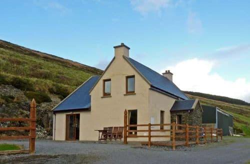 Last Minute Cottages - Carraig View