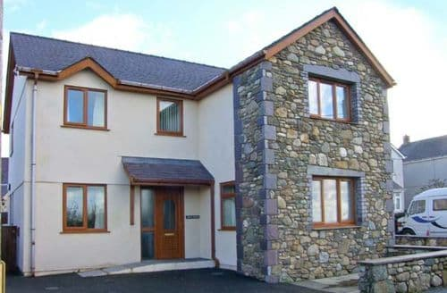 Last Minute Cottages - Bryn Seion