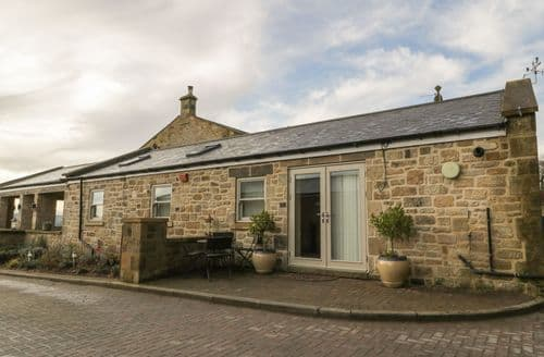 Last Minute Cottages - Inviting Newcastle Upon Tyne Haven S4537