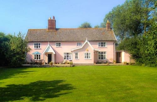 Last Minute Cottages - Captivating Bungay House S2725