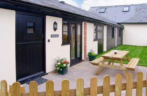Last Minute Cottages - Rowdens Barn