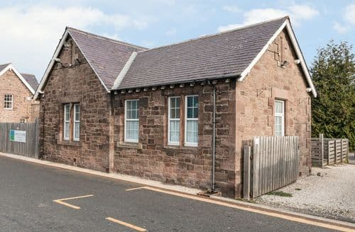 Last Minute Cottages - Attractive Beal Cottage S4508