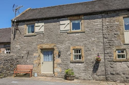 Last Minute Cottages - Lovely Wetton Cottage S78985