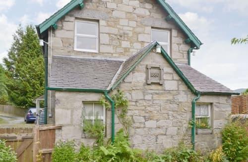 Last Minute Cottages - Excellent Pitlochry Apartment S41276