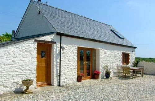 Last Minute Cottages - Cosy Haverfordwest Cottage S6336