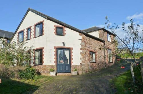 Last Minute Cottages - Folland House