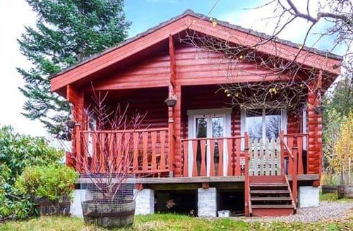 Last Minute Cottages - Rowan Lodge