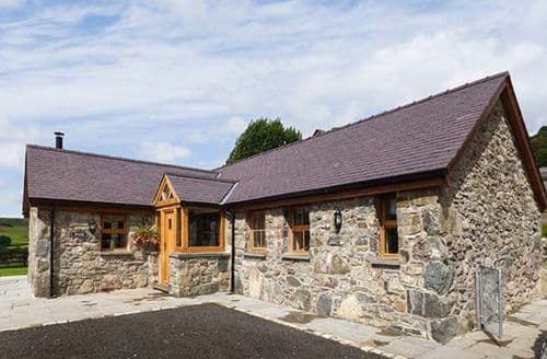 Last Minute Cottages - Captivating Llangwm Cottage S38116