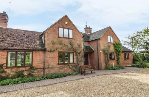 Big Cottages - Lovely Stratford Upon Avon Rental S2859