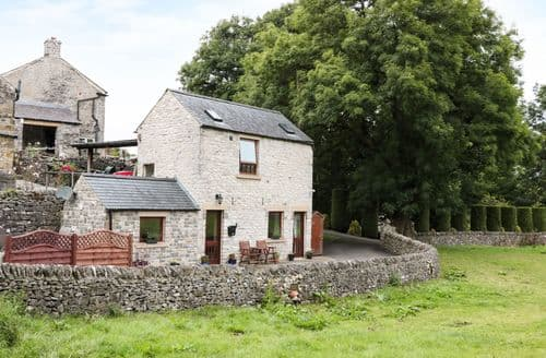Last Minute Cottages - Woodcroft Barn