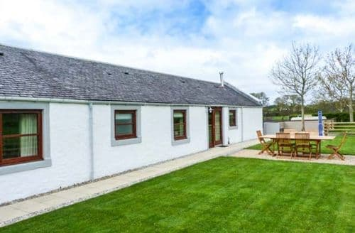 Last Minute Cottages - The Stables at Daldorch