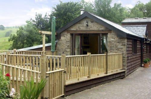 Last Minute Cottages - Cwm Derw Cottage