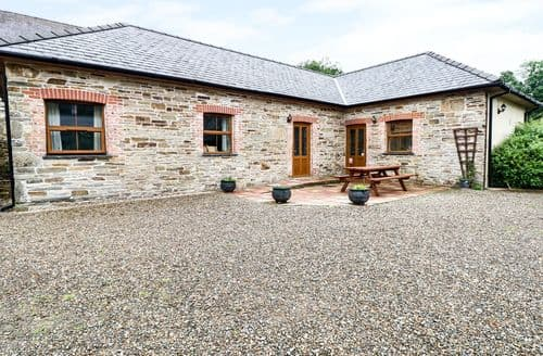 Last Minute Cottages - Gorgeous Llanboidy Cottage S37721