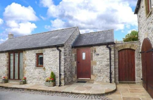Dog Friendly Cottages - Swallow Barn