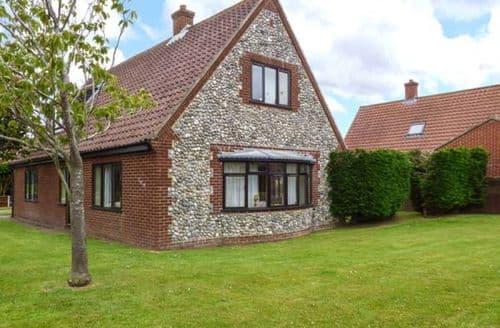 Last Minute Cottages - Captivating Southrepps Cottage S37829