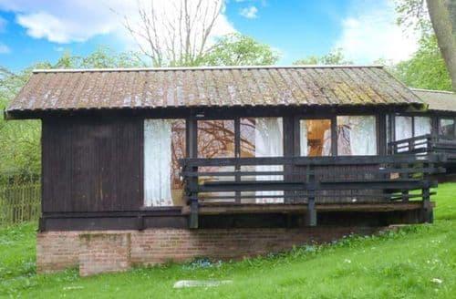 Dog Friendly Cottages - Hazel Chalet