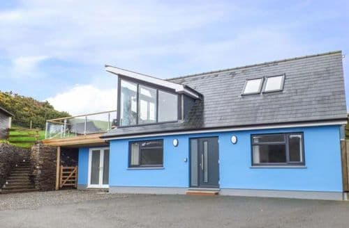 Last Minute Cottages - Excellent Tresaith Cottage S39323